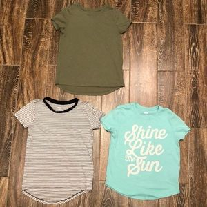 Bundle of (3) Girls Old Navy Tee's Size M (8)